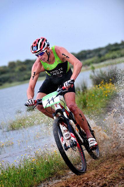 conrad-stoltz-itu-cross-triathlon-world-champion-bike