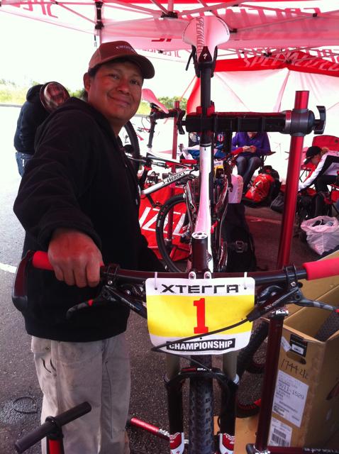 conrad-stoltz-xterra-santa-cruz-specialized-mechanic-myron-billy
