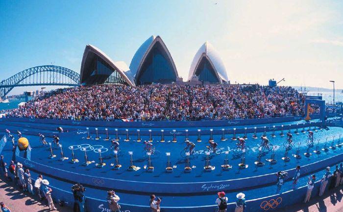 Conrad Stoltz Caveman XTERRA Asia Pacific Champs Australia Sydney Olympics Triathlon 2000 Opera house