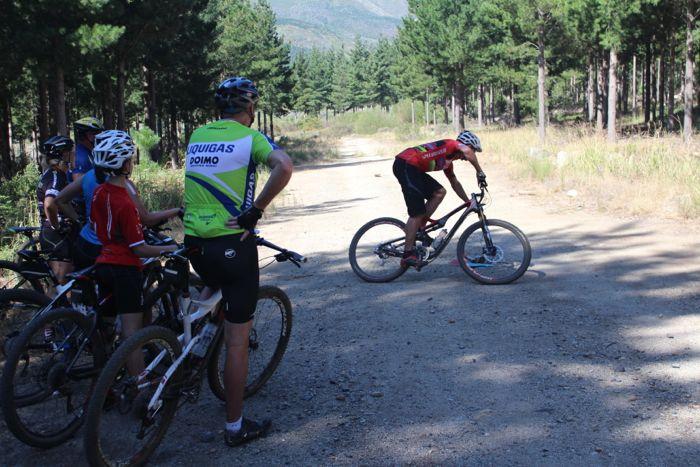 Conrad Stoltz Caveman MTB Skills Clinic Mountain bike skills Specialized Cornering basics