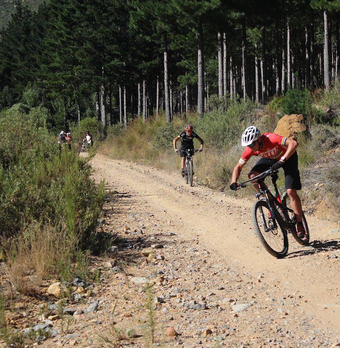 Conrad Stoltz Caveman MTB Skills Clinic Mountain bike skills Specialized High speed rocky cornering Caveman