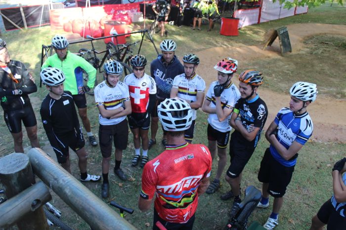 Conrad Stoltz Caveman MTB Skills Clinic Mountain bike skills Specialized Paul Roos Mountainbike Team