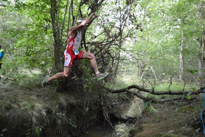 Conrad Stoltz Caveman XTERRA UK Jump Hoka one one