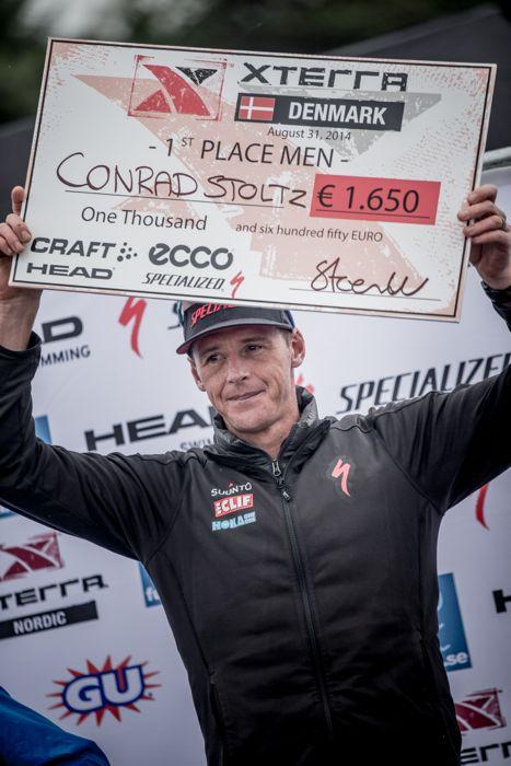 Conrad Stoltz Caveman XTERRA Denmark Specialized, Suunto, Hoka, ClifBar caveman podium