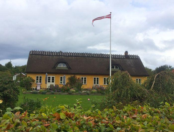 Conrad Stoltz Caveman XTERRA Denmark Tisvilde old Danish house