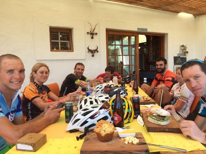 Ride In breakfast, Conrad Stoltz, Jim thijs, Roger Serrano, Theo Bilgnaut, Louise Fox, Jan Pyott, Carina Wastle
